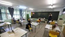Pesquisa: internet foi o maior problema das escolas em 2020