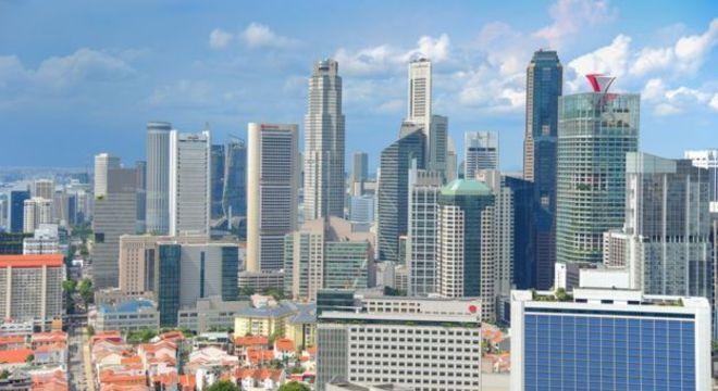 A média do salário inicial dos professores em Cingapura é de R$ 4,8 mil