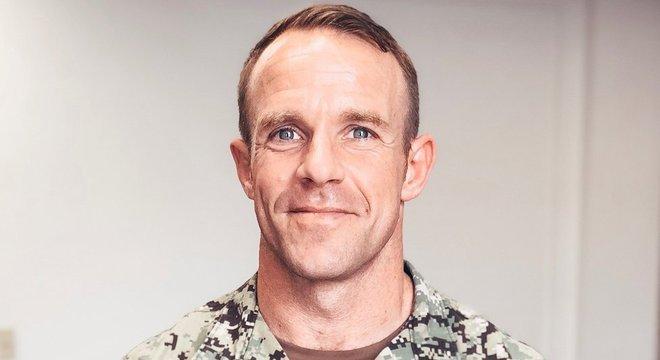 Gallagher acabou punido por ter posado para foto ao lado de cadáver de combatente inimigo