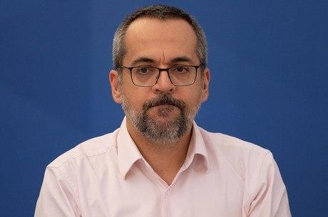 Ex-ministro foi confirmado como diretor do banco