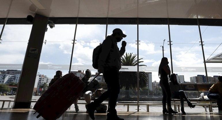 Regras são as mesmas de viajantes do Reino Unido, África do Sul e Irlanda