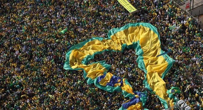 Apoiadores participam de ato de 7 de setembro com a presença de Bolsonaro na Paulista