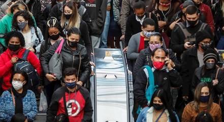 Brasil soma 7.167.651 de pessoas curadas da covid