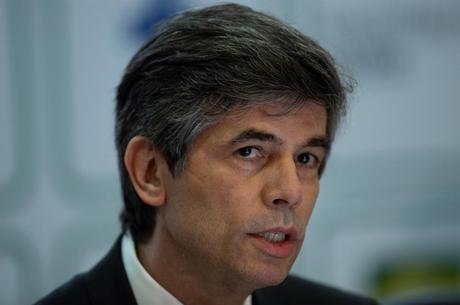Nelson Teich deixou Ministério da Saúde dia 15 de maio