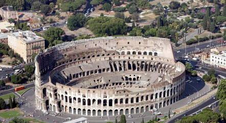 Vista aérea sem data do antigo Coliseu