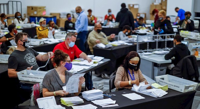 Geórgia deve ter recontagem de votos por conta da pequena diferença de votos