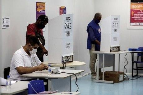 TSE não registrou sessões com votos manuais