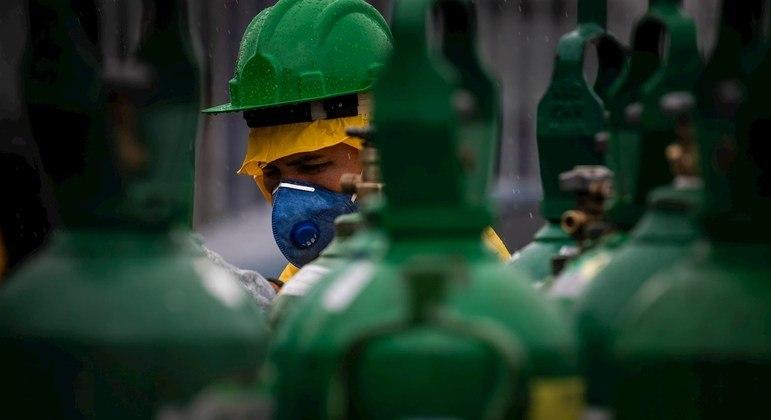 Hospitais em países pobres são os mais afetados pela escassez de oxigênio