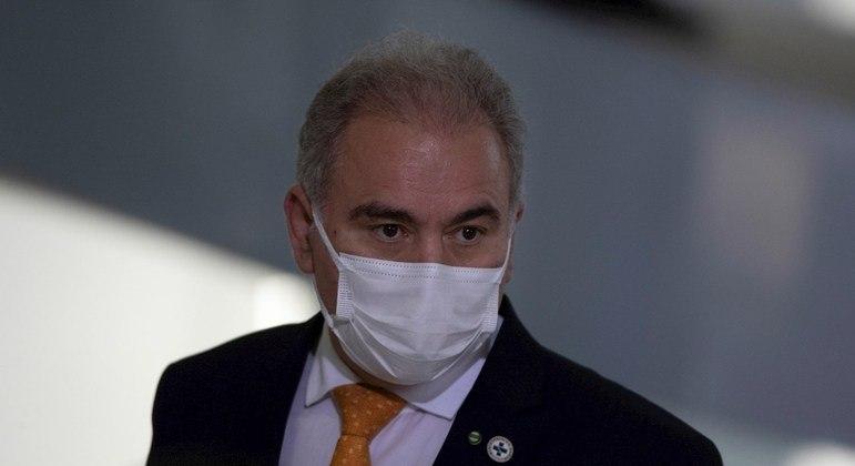Ministro cumpre isolamento em Nova York