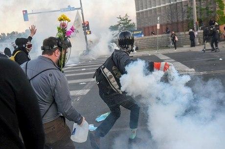 Manifestações violentas prosseguem nos EUA