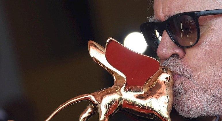 Cineasta compete pelo Leão de Ouro depois de ter recebido em 2019 o prêmio honorário