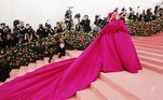 New York (United States), 06/05/2019.- Lady Gaga wears a spectacular pink evening gown as she arrives for the 2019 Met Gala in New York, USA, 06 May 2019 (reissued 19 May 2020). Pink became fashionable as a luxurious color worn by both sexes in the mid 1700s. By the time men moved to darker hues, women adopted pink and it became the girls' color. In the 1960s high fashion and celebrities embraced pink. A significant change took place when the color became a symbol for women's and LGBTQ rights in the 1970s and, from 1990 on, also the symbolic color for the struggle against breast cancer. Subsequently, pink is now recognized as a color of protest, femininity, joy, energy and affirmation. (Moda, Protestas, Estados Unidos, Nueva York) EFE/EPA/JUSTIN LANE ATTENTION: This Image is part of a PHOTO SET *** Local Caption *** 55173138