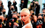 A modelo Iris Law em Cannes mostrando seu corte de cabelo em julho de 2021. EFE / EPA / CAROLINE BLUMBERG