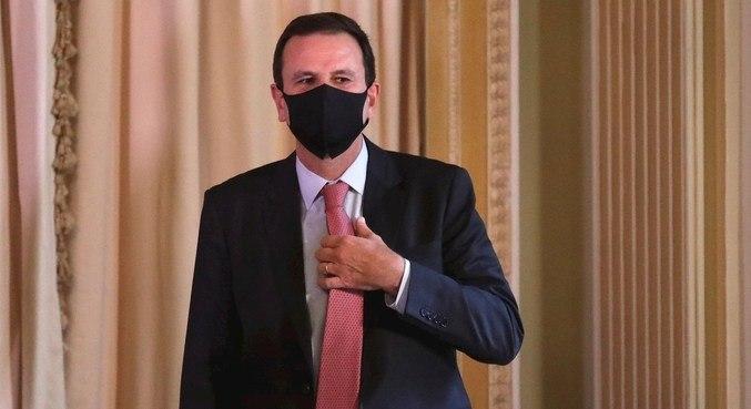 Eduardo Paes (DEM) foi diagnosticado com covid-19 pela segunda vez
