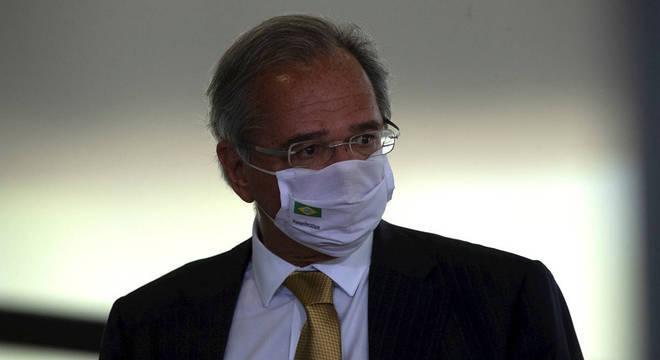 O ministro da Economia, Paulo Guedes, que se reuniu com o senador Davi Alcolumbre