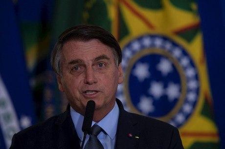 """A economia está reagindo"", avalia Bolsonaro"