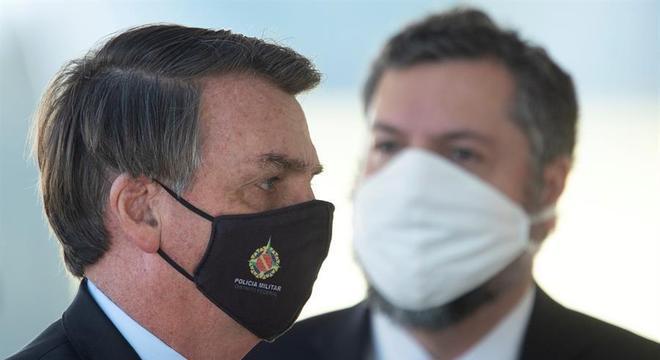 Presidente Jair Bolsonaro voltou a defender isolamento vertical nesta quinta