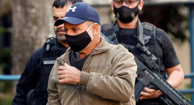 Fabrício Queiroz é preso nesta quinta-feira (18)
