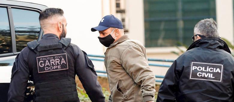 Queiroz foi preso na quinta-feira (18)