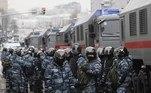 Conforme a Agência Efe constatou, a polícia já esperava os manifestantes na saída do metrô e começou a prender todos que se aproximavam do local de encontro