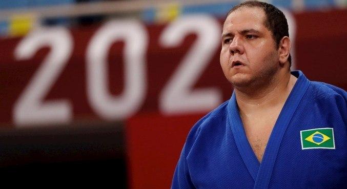 Rafael Silva, o Baby, se despediu da competição individual do judô nesta sexta