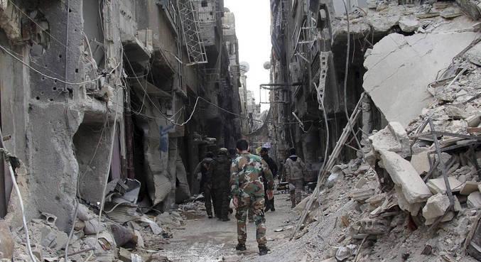 Guerra na Síria já matou quase 500 mil pessoas, diz ONG
