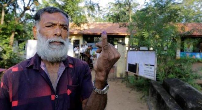 Apuração das urnas teve início no Sri Lanka nesta sábado (16)