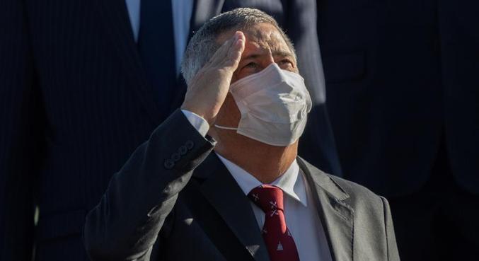 O ministro da Casa Civl, general Braga Netto, que já recebeu alta após mal-estar