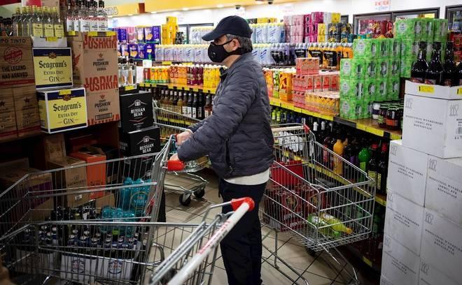 Ambos os produtos foram proibidos pelo governo para reduzir os efeitos nocivos para a saúde e emergências hospitalares decorrentes de seu uso abusivo