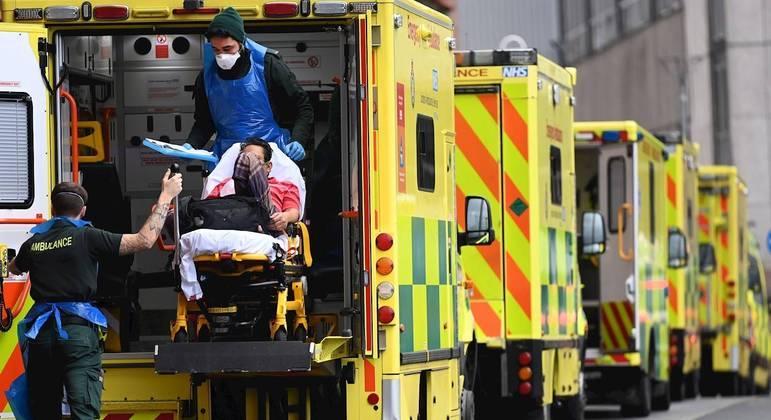 O Reino Unido já teve quase 5 milhões de casos de covid-19