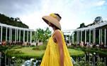 -FOTODELDÍA- Sydney (Australia), 11/05/2021.- Una modelo luce una creación de la firma Aje Resort 22 durante un desfile celebrado en los Jardínes Botánicos Reales en Sydney (Australia). EFE/EPA/JOEL CARRETT AUSTRALIA AND NEW ZEALAND OUT