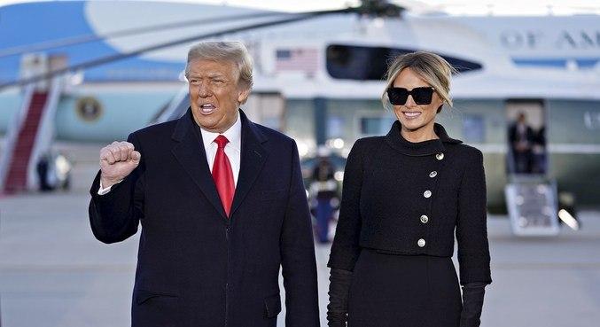 Trump e Melania foram vacinados antes de deixar Casa Branca, diz imprensa