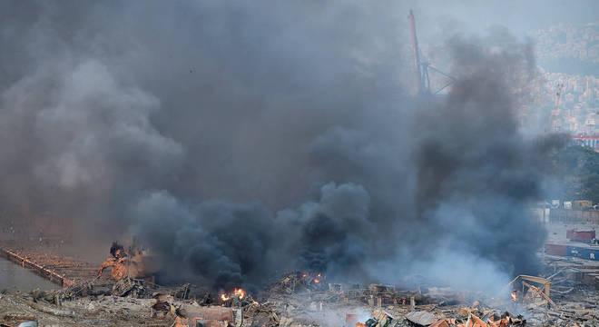 Explosões atingiram região portuária de Beirute, capital do Líbano
