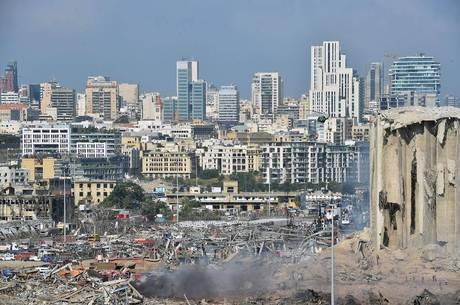 Líbano já era assolado por crise econômica e política