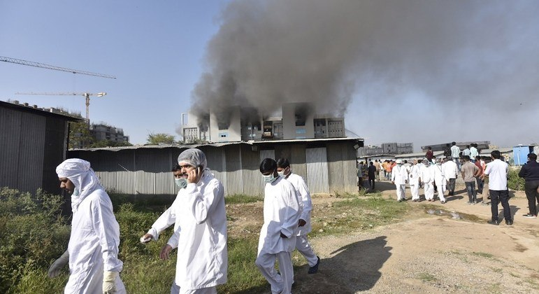 Incêndio em fábrica na Índia