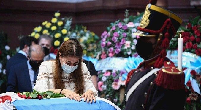 Corpo de Menem foi velado no Senado argentino nesta segunda-feira