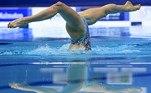 EA1381. BUDAPEST, 10/05/2021.- Lara Mechnig, de Liechtenstein durante la ronda preliminar del ejercicio libre de solo de los Campeonatos de Europa de natación artística que se disputa en Duna Arena en Budapest, Hungría, hoy 10 de mayo de 2021. EFE/EPA/Tamas Kovacs/PROHIBIDO SU USO EN HUNGRIA