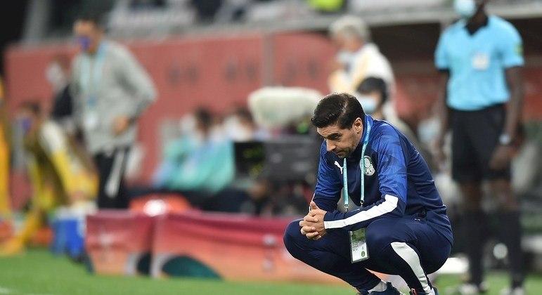 Abel Ferreira tem toda a culpa pelo fraco futebol do Palmeiras contra o Tigres. Medo exagerado