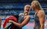 Tokyo (Japan), 24/07/2021.- (L-R) Signe Bro and Jeanette Ottesen of Denmark fool around on their way out after competing in the women's 4x100m Freestyle Relay Heats during the Swimming events of the Tokyo 2020 Olympic Games at the Tokyo Aquatics Centre in Tokyo, Japan, 24 July 2021. (100 metros, Dinamarca, Japón, Tokio) EFE/EPA/Patrick B. Kraemer