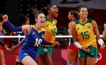 Tokyo (Japan), 27/07/2021.- Camila Brait (L) Fernanda Rodrigues (C) and Ana Carolina da Silva (R) of Brazil react in the women's volleyball preliminary round pool A match against Dominican Republic during the Volleyball events of the Tokyo 2020 Olympic Games at the Ariake Arena in Tokyo, Japan, 27 July 2021. (Brasil, República Dominicana, Japón, Tokio) EFE/EPA/MAST IRHAM