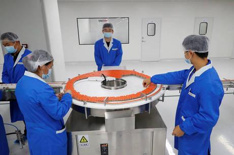 China criou programa de vacinação emergencial
