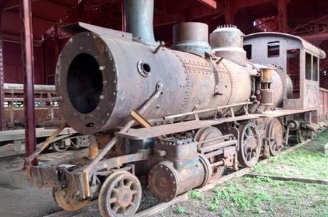 História sendo dizimada. EFMM - Estação Porto Velho