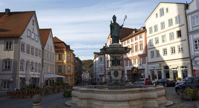 Igreja em Eichstätt pede desculpa pelo assassinato e tortura de 400 pessoas