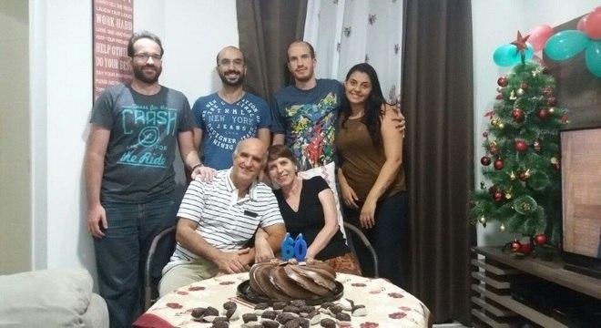Dona Maria levou 3 anos para conseguir confirmar o diagnóstico de ELA