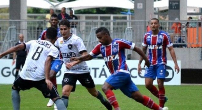 Elber (atacante) - Bahia - Ficando sem clube