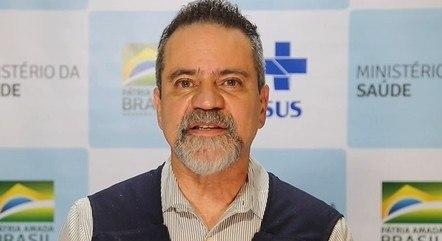 Élcio Franco negou compra da CoronaVac em 2020