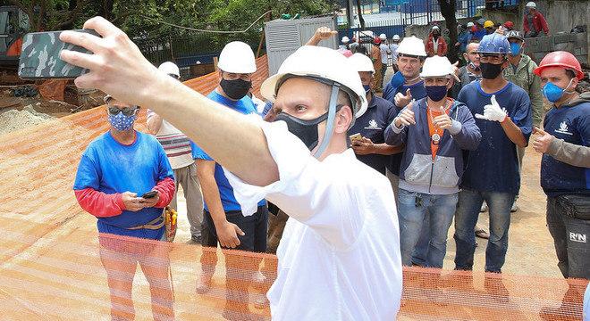 Bruno Covas visitou obras para a construção de UPA na zona sul de SP