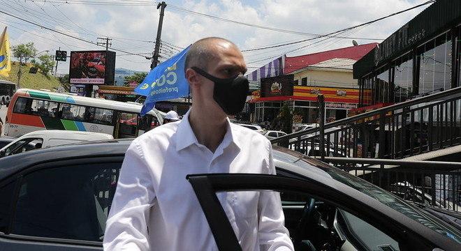Bruno Covas negou 2ª onda de covid-19 e afastou aumento das tarifas de ônibus