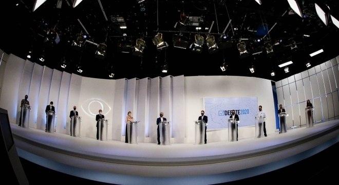 Primeiro debate pela Prefeitura de SP na televisão teve 11 participantes