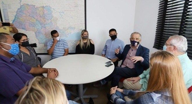 Márcio França se reuniu com professores na zona sul da capital paulista
